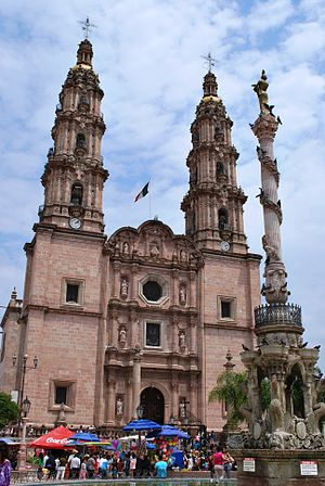 San Juan de los Lagos Basilica was visited by Pope John Paul in 1990
