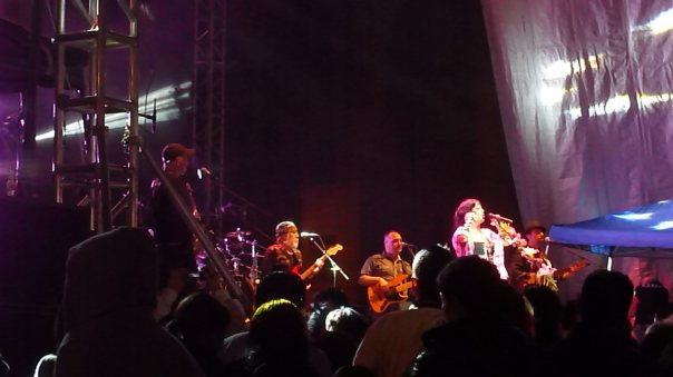 "Lila Downs performing with her band ""Misterioso"" on the Plaza de Fundadores, San Luis Potosi"