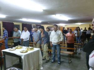 The Disciples conclude a Church Assembly with the Lord's Supper/La Santa Cena concluye la Asamblea de las Iglesias en San Luis Potosí