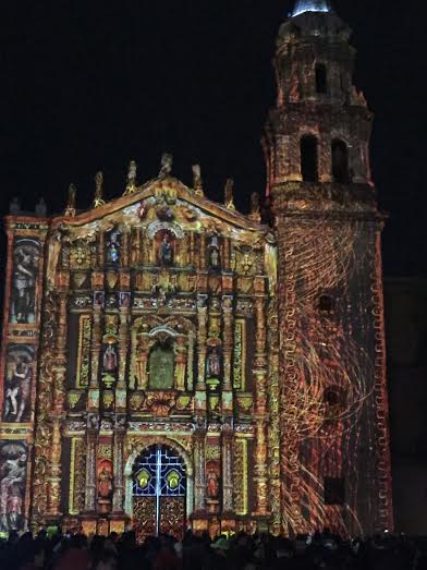 "More on the Fiesta de Luz in SLP can be found in the post ""Prayers of Light"" from 1/06/15 on this blog/Ver mas de la Fiesta de Luz en SLP en el articulo ""Oraciones de Luz"" de la fecha 06/01/15 de este blog"